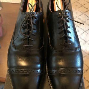 Allen Edmond black dress shoes